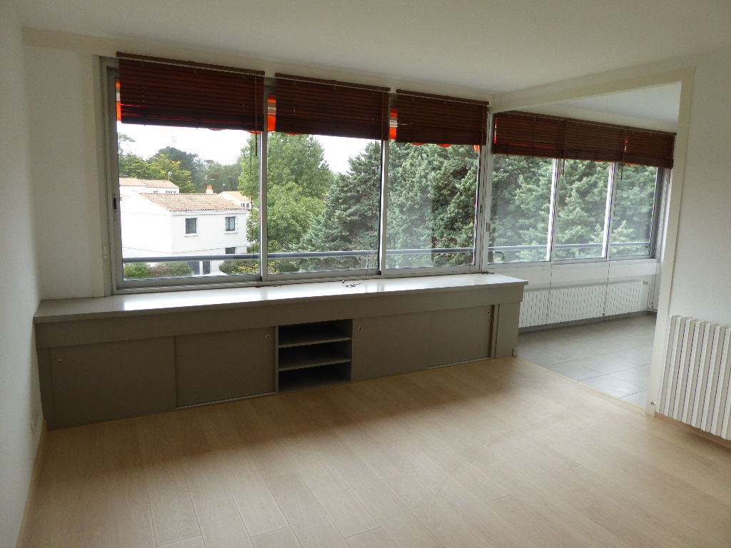2_PO3694-appartement-chateau d olonne